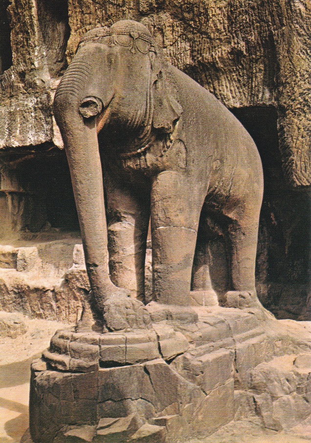 elephant-in-front-of-jain-cave-33-ellora-jainism-postcard