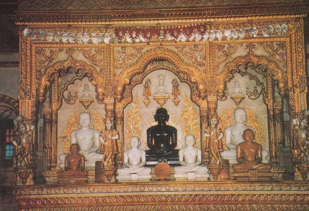 Jina Images Murti in Digambar Temple Rajgir